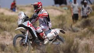 Oriol Mena durante la décima etapa del Dakar 2018