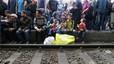 Refugiats sirians, bloquejats a Hongria per evitar la seva entrada a Àustria