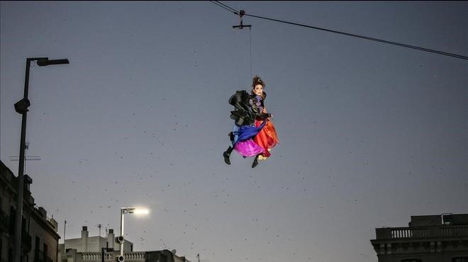 La Reina Belluga substitueix el Rei Carnestoltes a Barcelona