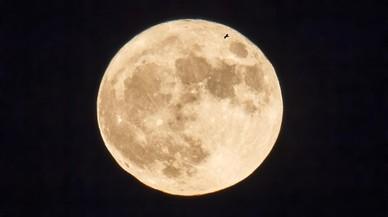 La Luna llena 'de las flores', en su máximo esplendor este miércoles 10 de mayo