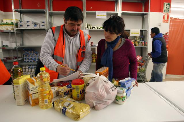 """Las necesidades básicas de los españoles están """"relativamente bien cubiertas"""" pese a la crisis"""