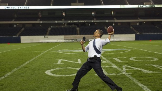 Obama se sum� a la lista de famosos que siguieron de cerca la Super Bowl