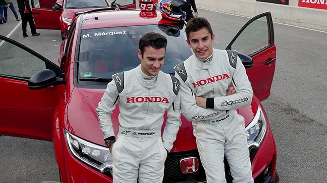 Dani Pedrosa, Marc M�rquez y Toni Bou nos dan una vuelta con el nuevo Honda Civic Type R 2015