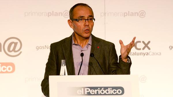 Coscubiela proposa un pacte anticorrupció i un ferri control dels 'lobbies' en el col·loqui de Primer@ Plana d'El Periódico.