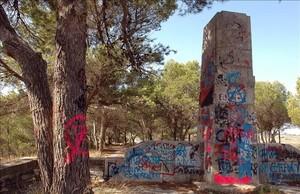 Monumento franquista en el Coll de Moro, en Gandesa (Terra Alta)