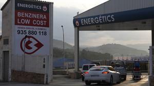 El número de gasolineras Low Cost ha aumentado desproporcionadamente durante la crisis.