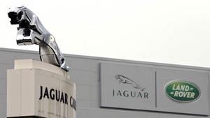 Jaguar Land Rover podría comprar Vauxhall de PSA