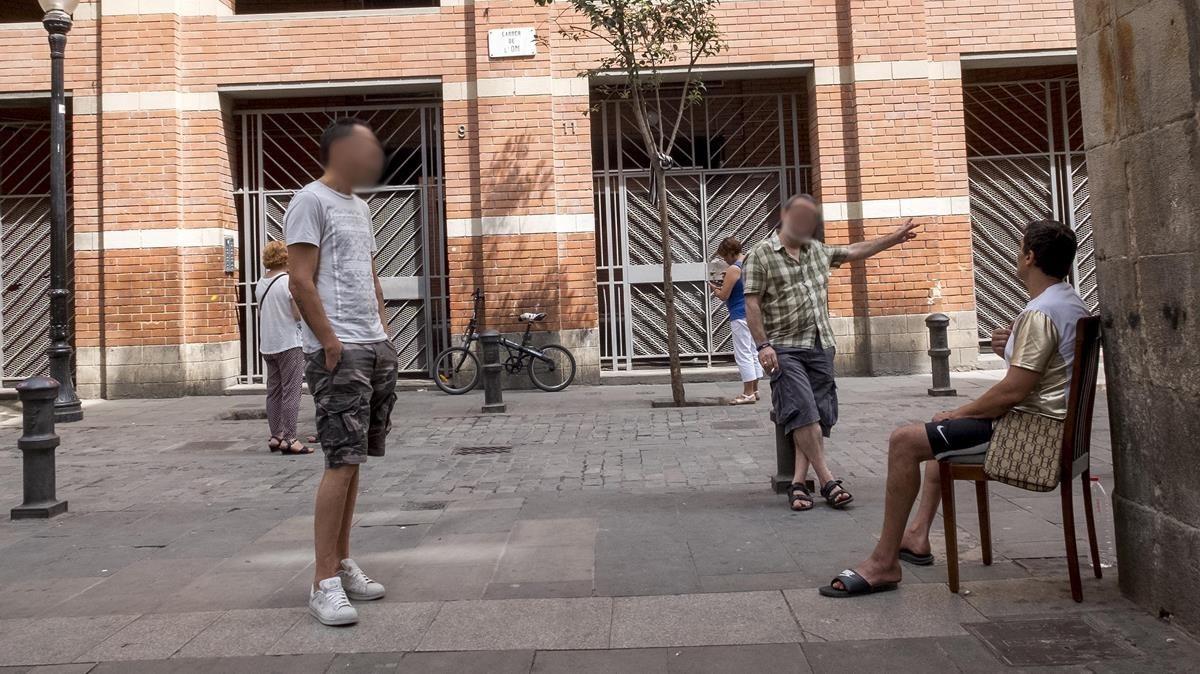 Narcopisos de protecci n oficial en el raval - Pis proteccio oficial barcelona ...