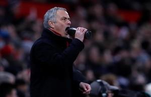 Mourinho se desespera durante el partido Manchester United-Burnley