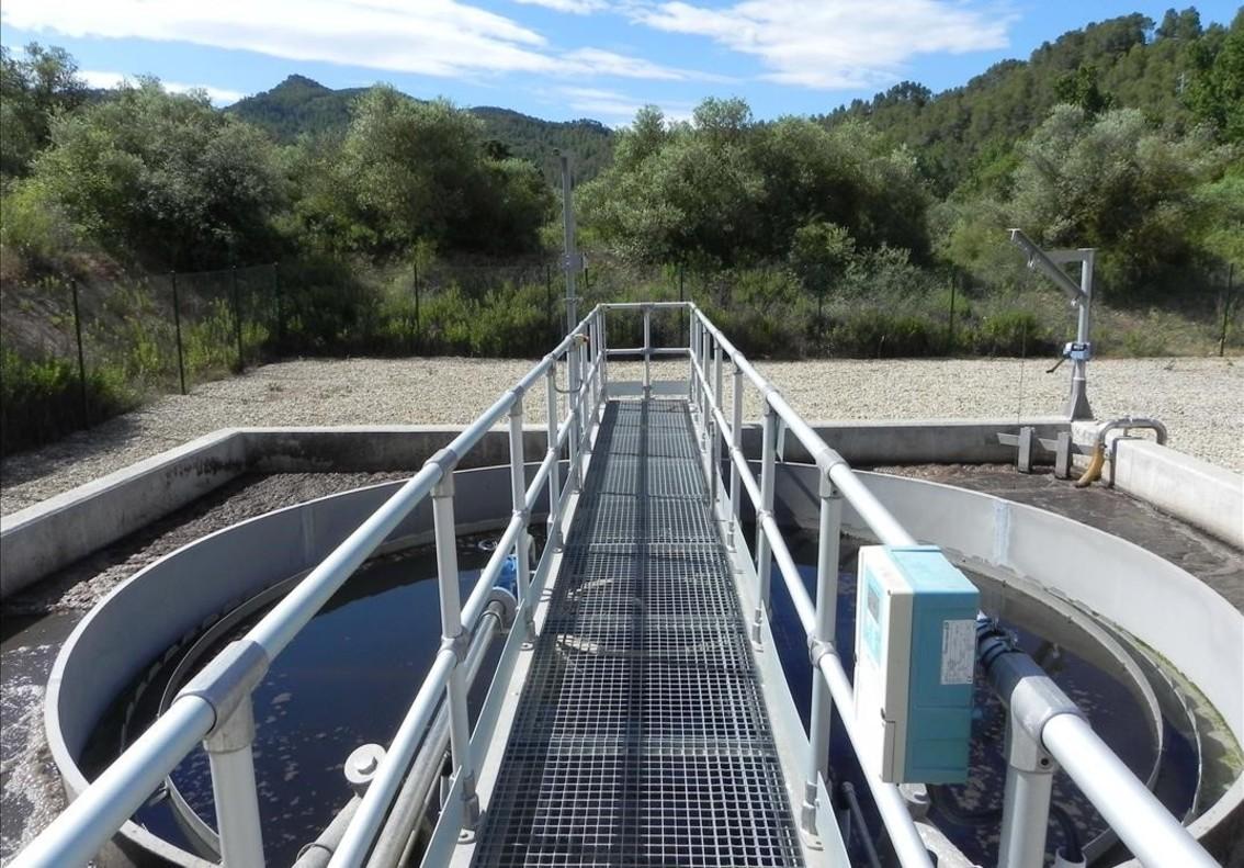 Las depuradoras catalanas tratan ya el 97 de las aguas for Depuradora aguas residuales