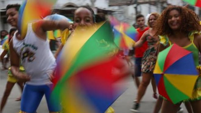 Almenys 48 ciutats brasileres cancel·len el Carnaval per la crisi econòmica