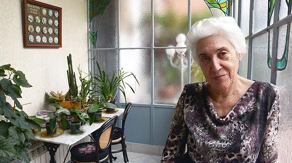 La científica Josefina Castellví vuelve a visitar la Antártida 18 años después de su último viaje para rodar el documental 'Los recuerdos de hielo', dirigido por Albert Solé.