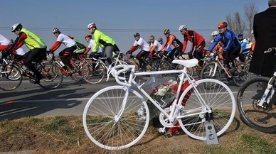 Un ciclista mor a Roses al ser envestit per un cotxe
