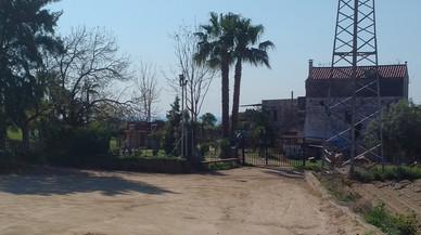 El Ayuntamiento de Mataró amenaza con cerrar la escuela rural de les Cinc Sénies