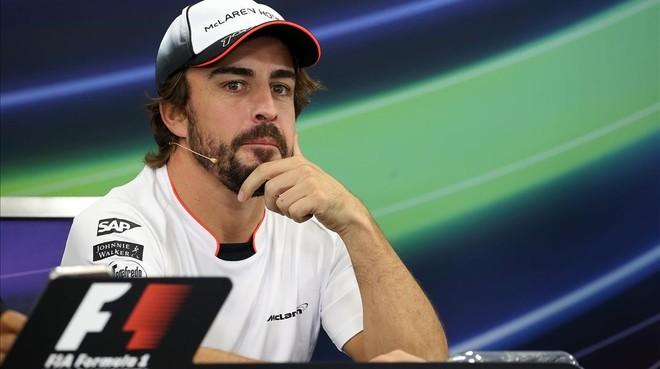 Fernando Alonso en la rueda de prensa previa al Gran Premio de Japón