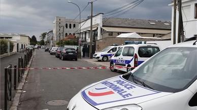 Operació antiterrorista a la perifèria de París
