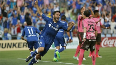 Jorge Molina celebra el primer gol del Getafe.