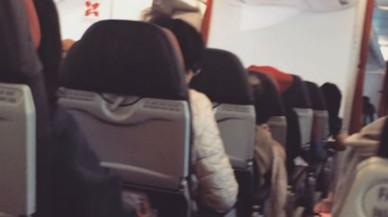 Los pasajeros de un avión de Air Asia sufren el 'efecto lavadora' en pleno vuelo