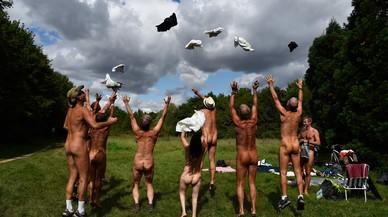 ¿Dónde está el parque nudista de París?