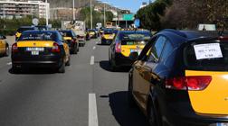 Protesta de taxistas, este mediodía en Barcelona.