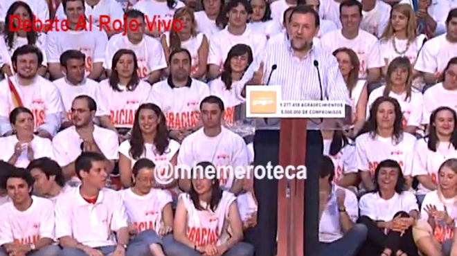 V�deo en el que Mariano Rajoy declara su amor a Alfonso Rus, en un mitin en X�tiva en junio del 2007.