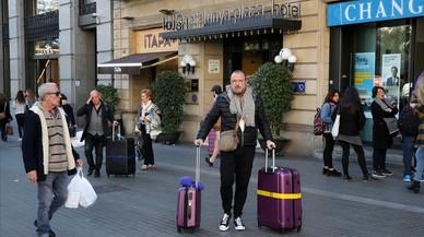 Barcelona combate la caída turística con precios chollo en sus hoteles