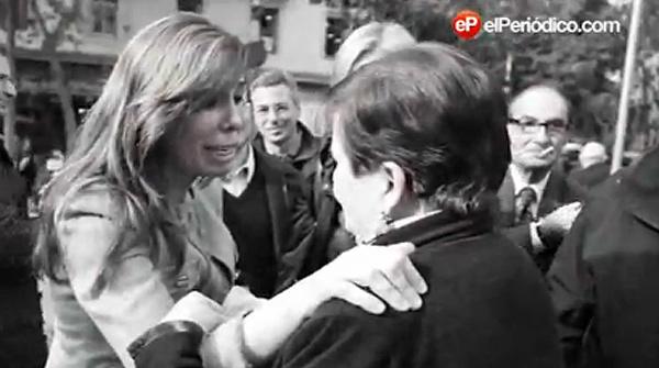 Vídeo donde se ve como la candidata del Partit Popular català, Alícia Sánchez-Camacho, visita el mercat de Sant Antoni en un acto de la campaña electoral.