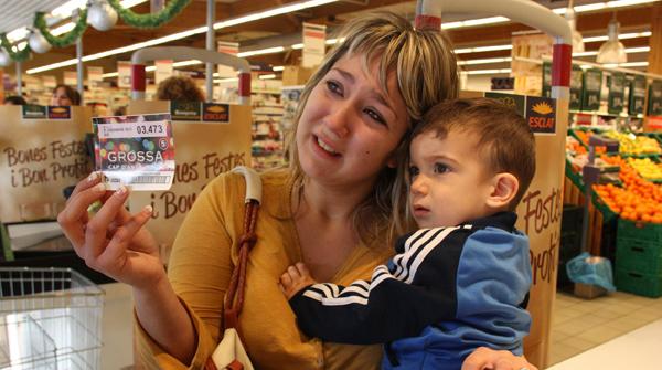 Miriam Peñas, la cajera afortunada del turno de tarde.