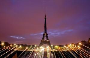 Torre Eiffel a París (França).