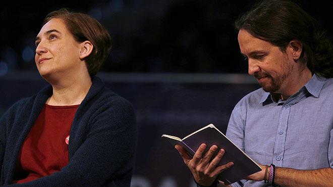 Ada Colau exhibe sus diferencias con Pablo Iglesias, de Podemos