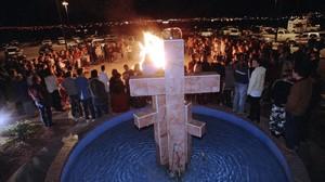 fcasals34049191 church members circle a bonfire of harry potter 160526184944