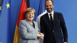 Merkel (izquierda) y el primer ministro francés, Edouard Philippe, durante su encuentro en Berlín, el 15 de septiembre.