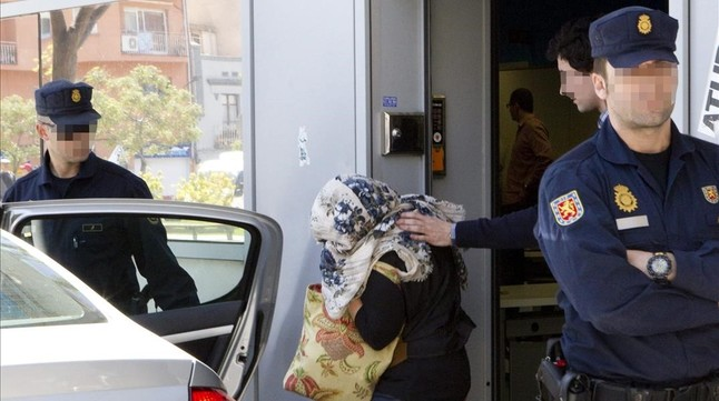 La fiscal�a solicita hasta 174 a�os de c�rcel a funcionarios por la venta de datos privados