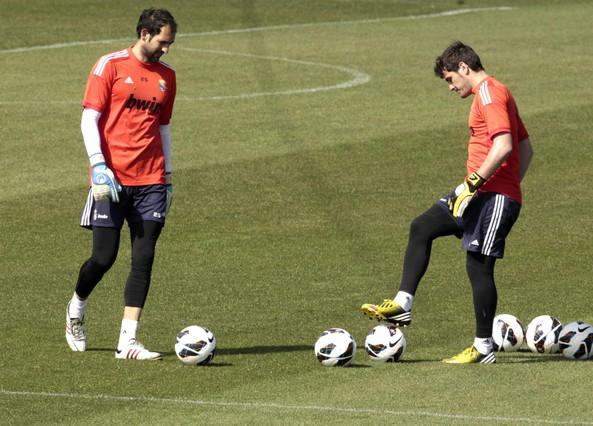 El Madrid pone rumbo a Dortmund pendiente de la portería