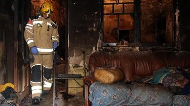 Una dona gran mor i el seu fill queda ferit greu en un incendi domèstic a Santa Coloma de Farners