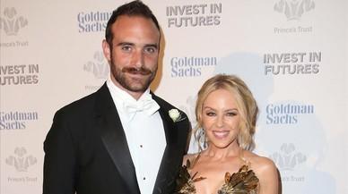 Kylie Minogue i Joshua Sasse posposen el seu casament