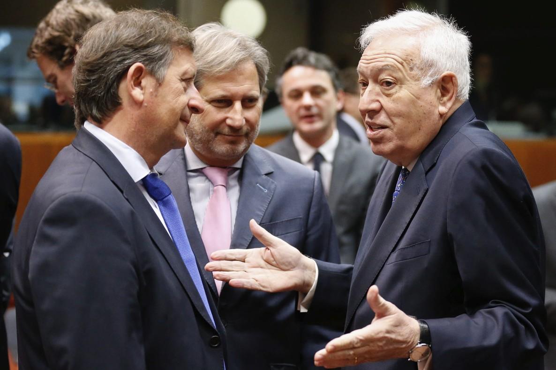 """Garc�a Margallo dice que para Espa�a """"es inaceptable"""" el acuerdo para expulsar masivamente refugiados a Turqu�a"""