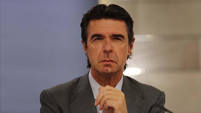 José Manuel Soria va ser secretari de la matriu britànica d'UK Lines entre 1991 i 1997