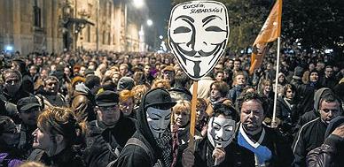 El presidente h�ngaro retira el impuesto a internet tras las protestas