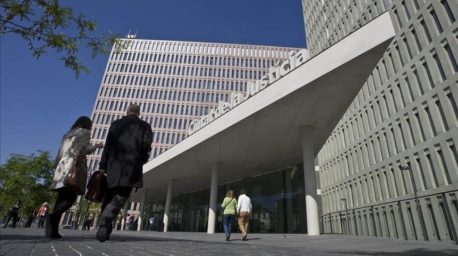 fiscal pide años prisión brutal agresión dos gais