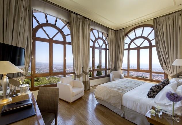 Duerme en la habitaci n de messi for Hoteles barcelona habitaciones cuadruples