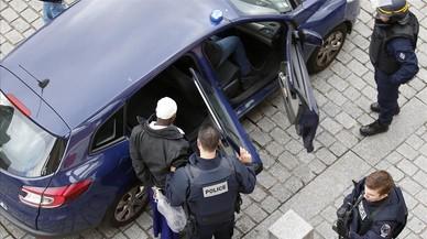 La madre de un yihadista francés, juzgada por financiación del terrorismo
