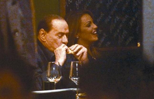 Monti y Berlusconi se enzarzan ya en un fuego cruzado