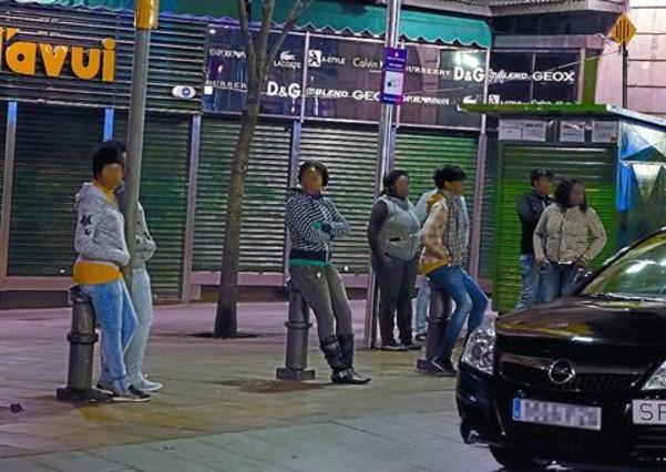 prostitutas camp nou prostitutas semidesnudas en la calle