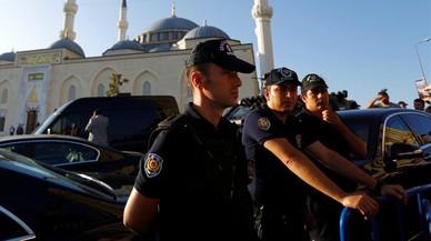 Turquia deté la directora d'Amnistia Internacional i 11 activistes més de drets humans
