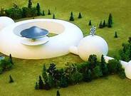 Maqueta de cómo sería la embajada raeliana para dar la bienvenida a los extraterrestres.