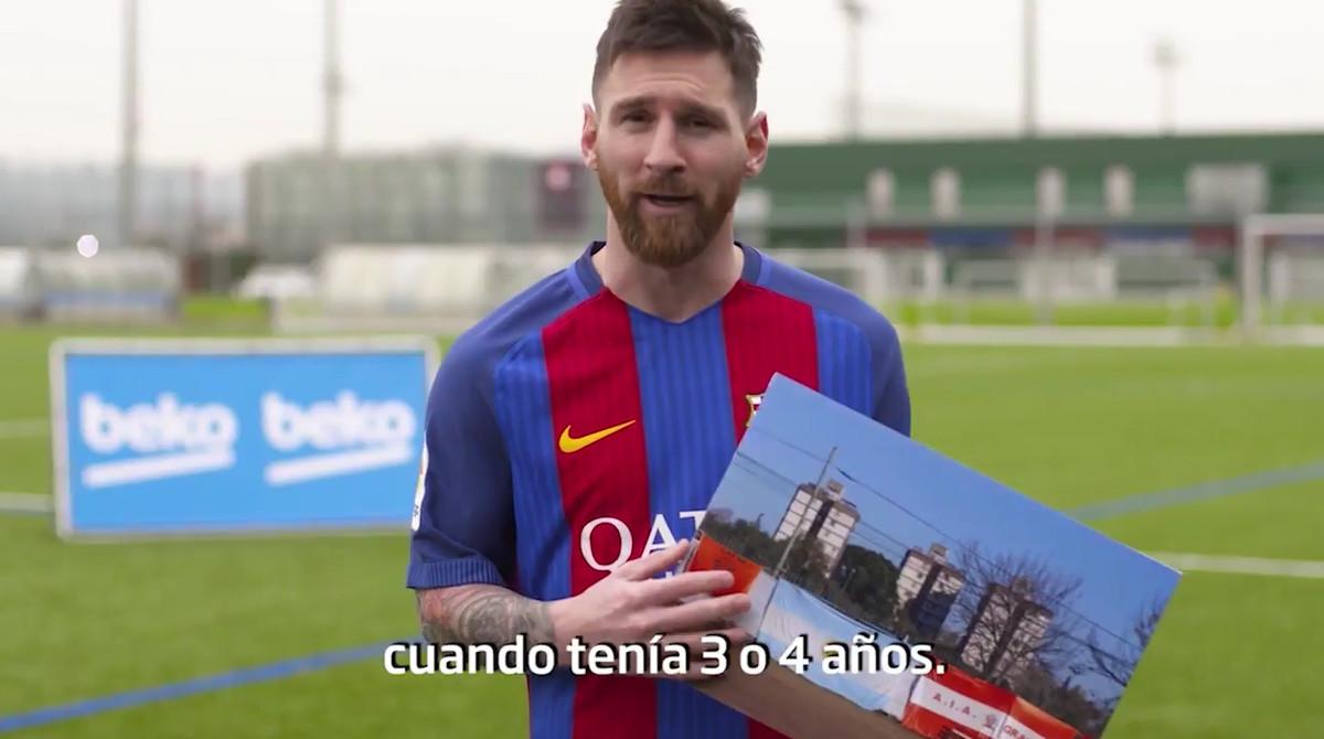 Los jugadores del Barcelona recordaron sus inicios futbolísticos con Beko