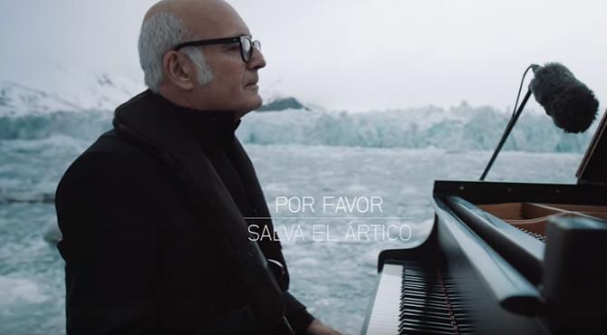 """El reconocido pianista interpreta """"Eleg�a por el �rtico"""" para pedir su protecci�n."""