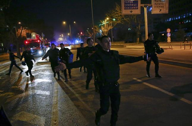 Turqu�a acusa a una milicia kurdo-siria del atentado de Ankara