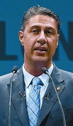 El alcalde de Badalona ir� a juicio por los folletos contra los rumanos